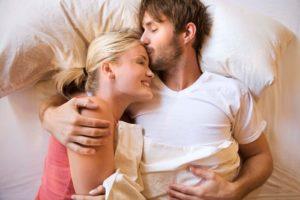 Как вести себя с мужчиной, чтобы он влюбился