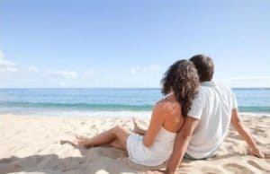 Если мужчина влюблен и он женат, то это трудно морально, в первую очередь для него.